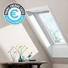 Fenêtre de toit blanche à rotation VELUX GGU Confort
